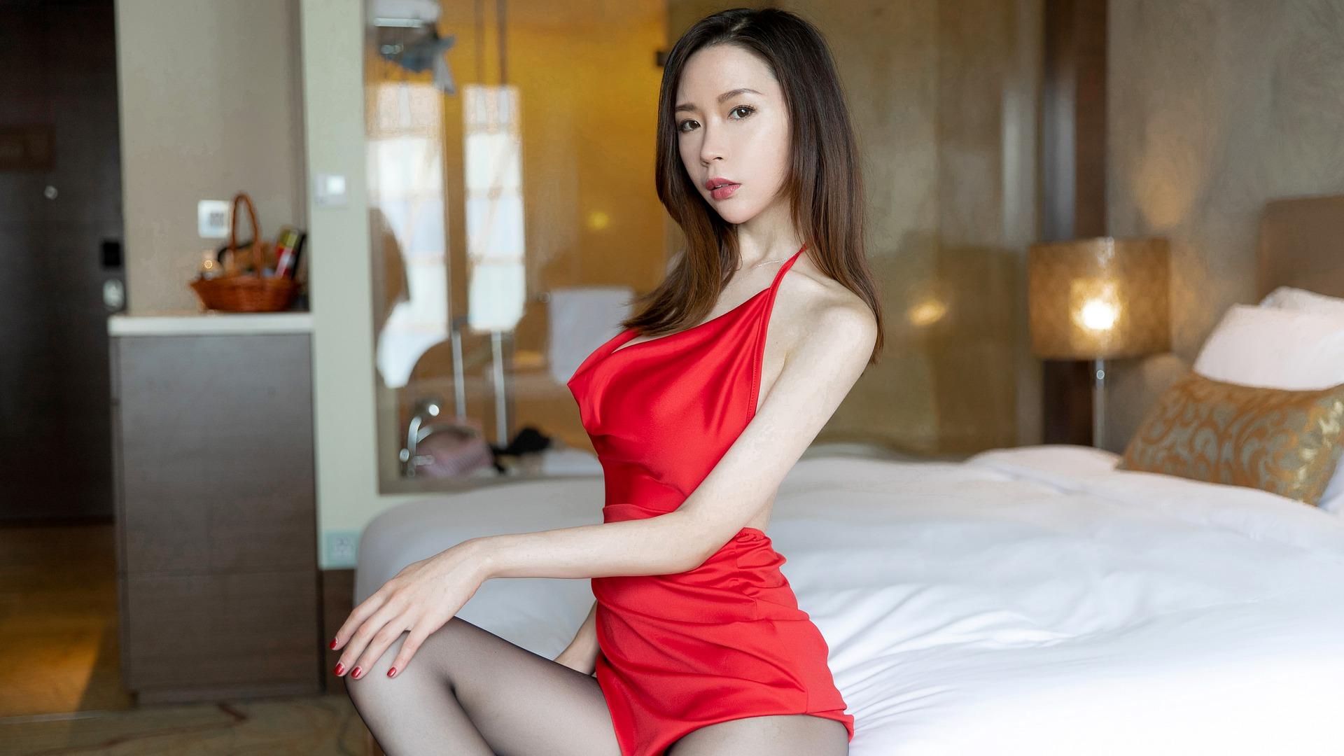 girl-5702708_1920