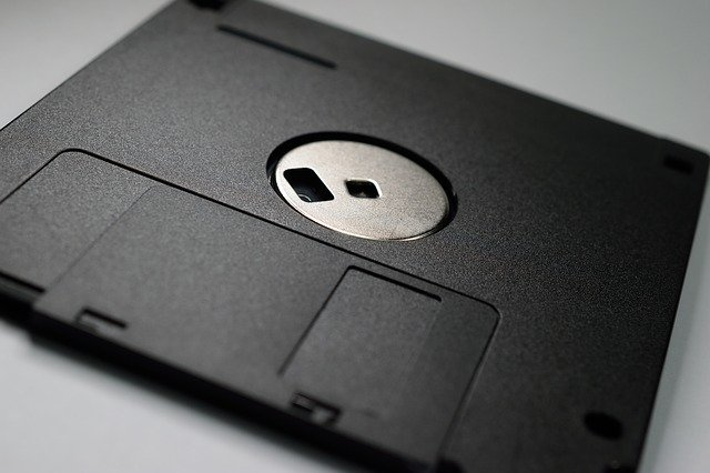 Revolučný Windows 98 oslávil okrúhlych 20 rokov – Brezina