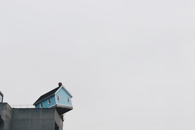 nezvyklý dům.jpg